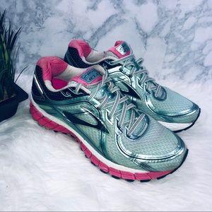 BROOKS ADRENALINE GTS 16 Athletic Running Shoe